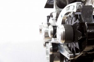 EACH REIDSPEED HOLDEN V8 SERPINTINE PULLEY SYSTEM COMES WITH TWO DIFFERNT ALTERNATOR SPACERS FOR BEHIND THE PULLEY TO SUIT STANDARD BOSCH STYLE AND OVERSIZE BOSCH STYLE.